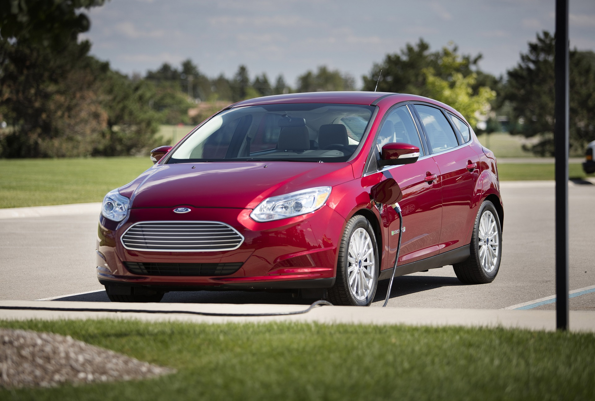 ford focus electric car review